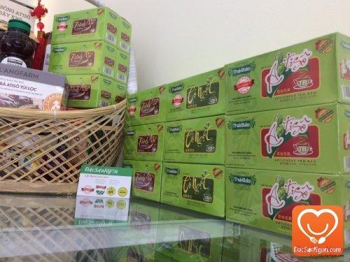 Trà Cỏ Ngọt túi lọc hộp 20 tép Thái Bảo trong giỏ quà tặng sức khỏe dành tặng người thân và bạn bè